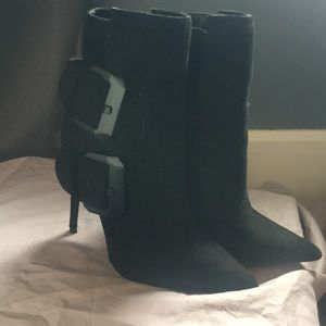 Worn once! Incredibly cute booties thick buckles